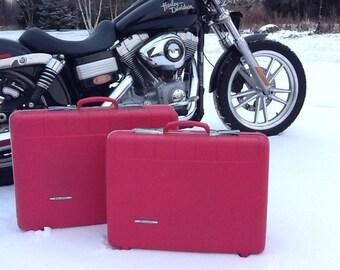 Road Trip...Retro Style Starflite Brite Pink Luggage Set