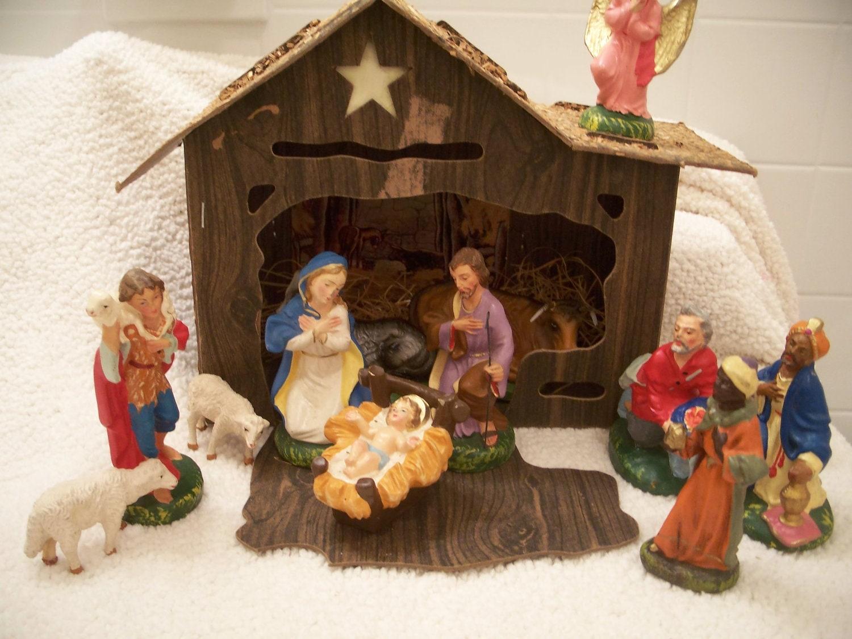 Vintage Nativity set creche manger scene 50s stable 12 figures