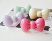 Pastel color bow dust phone plug - Pick the color you want