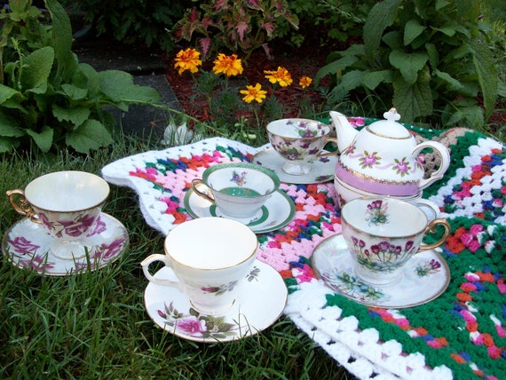 Mix Matched Mad Hatter Tea Party Set Picnic Alice in Wonderland