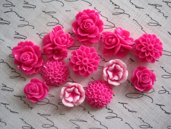 Pink Magnet Set 12 pc Flower Magnets, Decorative Magnets, Pretty Magnets,  Housewarming Gifts, Hostess Gifts, Wedding Favors