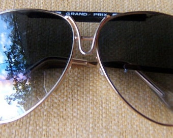 "1980's ""Grand Prix"" Men's or Women's Aviator Sunglasses"