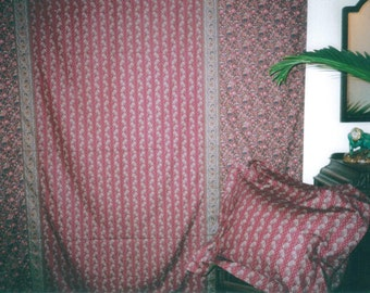 Paisley - Queen Duvet Set