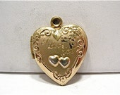 14k Gold Filled Locket Heart I Love You Raised Heart Scrolls Design 18 x 20 mm  2.6 grams #83