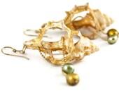 Black Friday Etsy Wedding pearls earrings Wedding shell earrings Bridal shell earrings Mermaid earrings Seashell jewelry