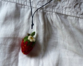 Felt necklace, felt flower, felt jewelery, felt strawberry