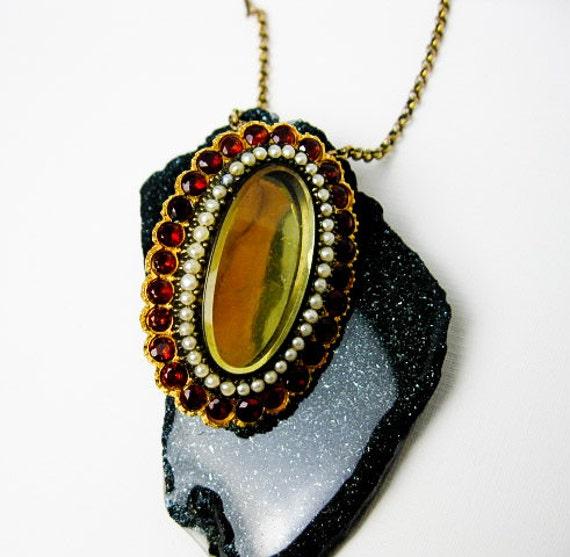 Victorian Karat Gold,  Garnet and Seed Pearl Pendant Locket, USA ca 1900