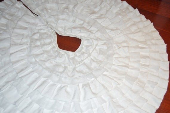 Items Similar To Tree Skirt Christmas Elegant Vintage