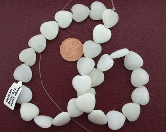 15mm puffed heart gemstone snow quartz beads