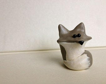 Wolf/Husky Figurine Miniature (Direwolf)- Polymer Clay