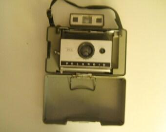 """Polaroid 320 """"shelve collectible"""""""