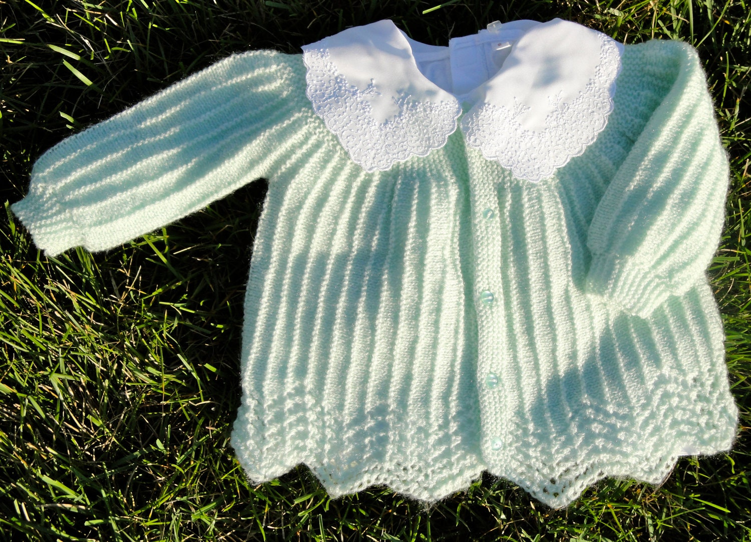 Pattern - Carolina Baby Sweater to Knit