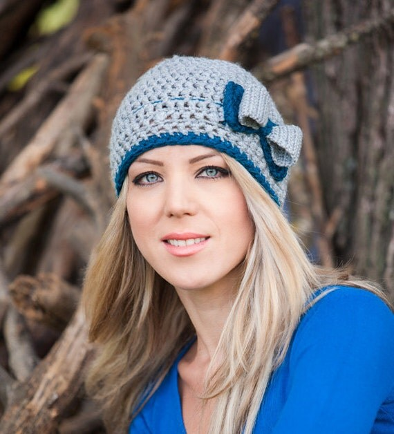Crocheted Woman's Grey Beanie with a Double Bow