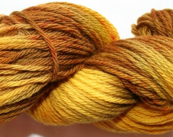 Hand Dyed 100% Merino Worsted Weight Yarn ...soft (77)
