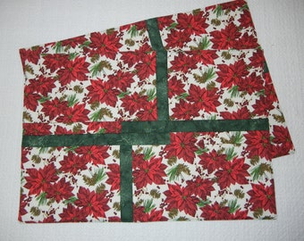 Poinsettia Puzzle Placemats, Set of Two
