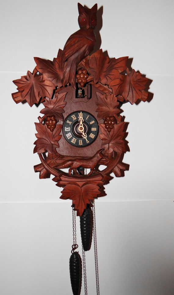 Vintage Black Forest Large Fox Owl And Grapes Cuckoo Clock