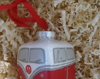 RED VOLKSWAGON BUS