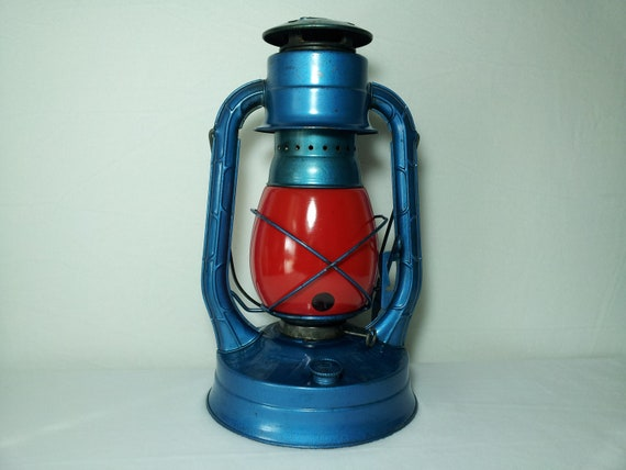 Dietz N.Y. U.S.A No. 8 Air Pilot Kerosene Lantern