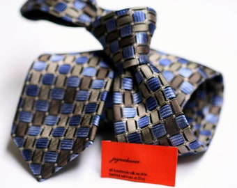 SKINNY Silk Tie with Neats in Blue, Brown, Black