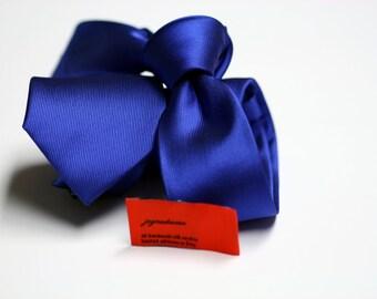 SKINNY Horizon Blue Tie in Fine Twill