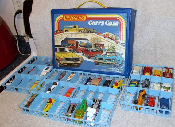 Vintage 1978 Matchbox Carry Case Great Condition With Over 30