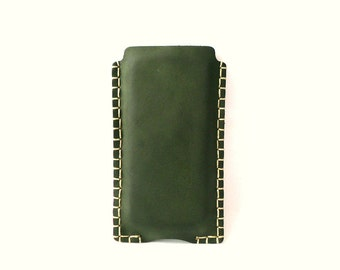 iPhone sleeve, iPhone 4 leather case, iPhone 5 cover, Genuine Leather, Dark Green, accessories, hand stitched, man, woman, gift