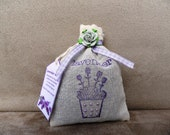Organic lavender sachet in muslin bag, hand-made decorated (medium size) - gift or present