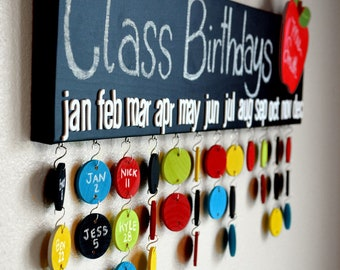 Teacher Gift - Chalkboard Class Birthday Calendar- 30 Name Circles- Made to Order