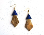Handmade leather diamond and triangle earrings in gold and electric blue / E4 - BenuShop