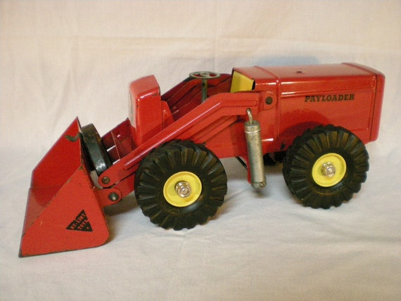 Toys From 1953 : Nylint payloader version by papercrowntoys