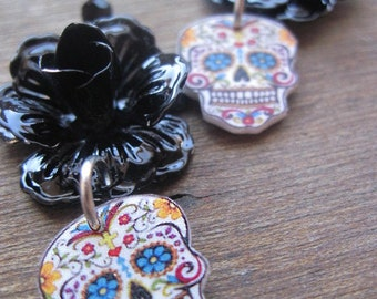Halloween jewelry, Sugar Skull, Day of the Dead jewelry, Dia de los Muertos, black skull Earrings, Goth jewelry, Macabre, Mexican Jewelry
