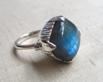 The Amphora Ring- Labradorite and Sterling