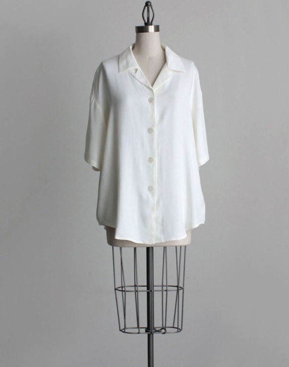 IVORY BLOUSE 1990s Vintage Ivory White Oversized Button Down Slouchy Grunge Shirt
