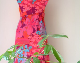 Vintage 1960's Dress Bright Colorful Playful Mod Floral Dress Pink Orange Purple Blue Womens Size Small