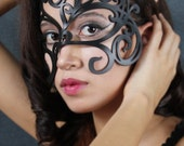 """Leather Mask in Black """"Swirly"""""""