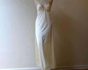 80s Drop Dead Gorgeous Annique Gown   XS Small