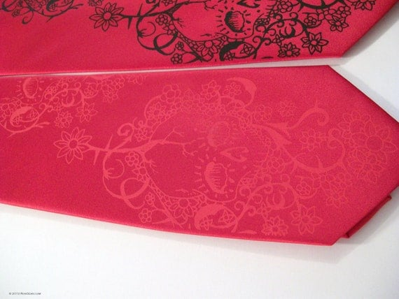 Red skull Men's Necktie , Day of the Dead tie - Custom colors available