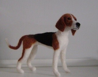 Custom needle felted dog Coonhound Treeing Walker made to order pet portrait memorial sculpture