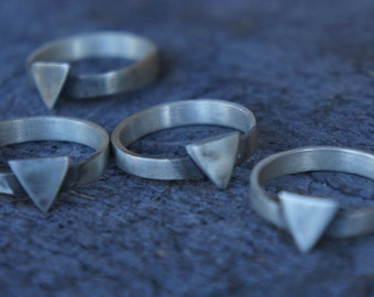 Sterling Silver Isosceles Triangle band ring