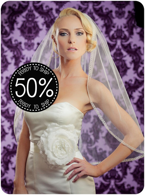 "50% Off Simple Bridal Veil with Loop Ribbon Edge, 30"" Ivory Loopty Lue Wedding Veil READY to Ship"