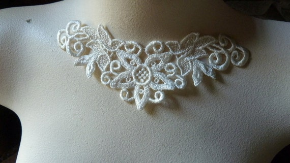 Lace Applique in Ivory Venise Lace American made for Necklaces, Jewelry, Bridal, Costume Design AM 13