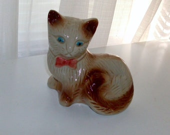 Kitten With Pink Bow Figurine