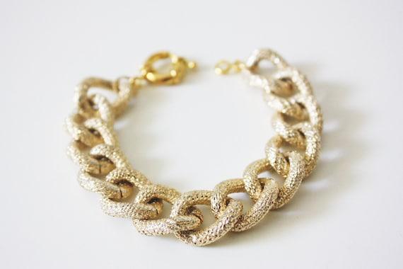 Gold Faux Pave Textured Chain Bracelet