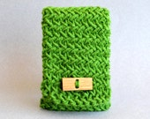 Green iPhone 6 Case - Stocking Stuffer - Green iPhone Case - iPhone Cover - iPhone Sleeve - Crochet iPhone Case - Android Phone Case