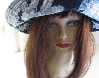 Womens Blue White Floral Print Sunhat