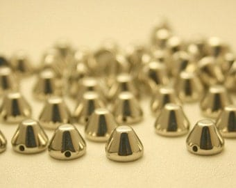 50 pcs. Acrylic Silver Tone Cone Spikes Beads Charms Pendants Finding 8 mm. CHCN68