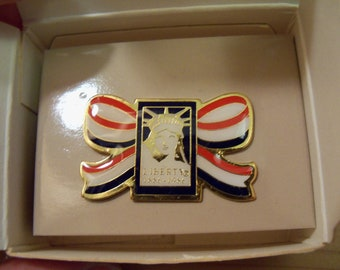 SALE: 1986 Statue of Liberty Pin