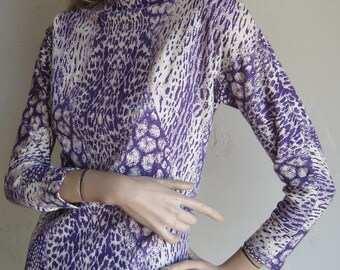 Vintage 60s 70s Purple & White Python Snakeskin Print Merino Wool Sweater Knit Dress