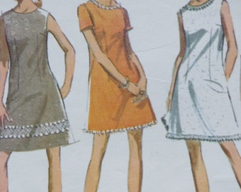 Vintage 60s Sewing Pattern -- Mccalls 9733 -- A Line Minidress -- Junior Teen Bust 30.5 Size 9/10