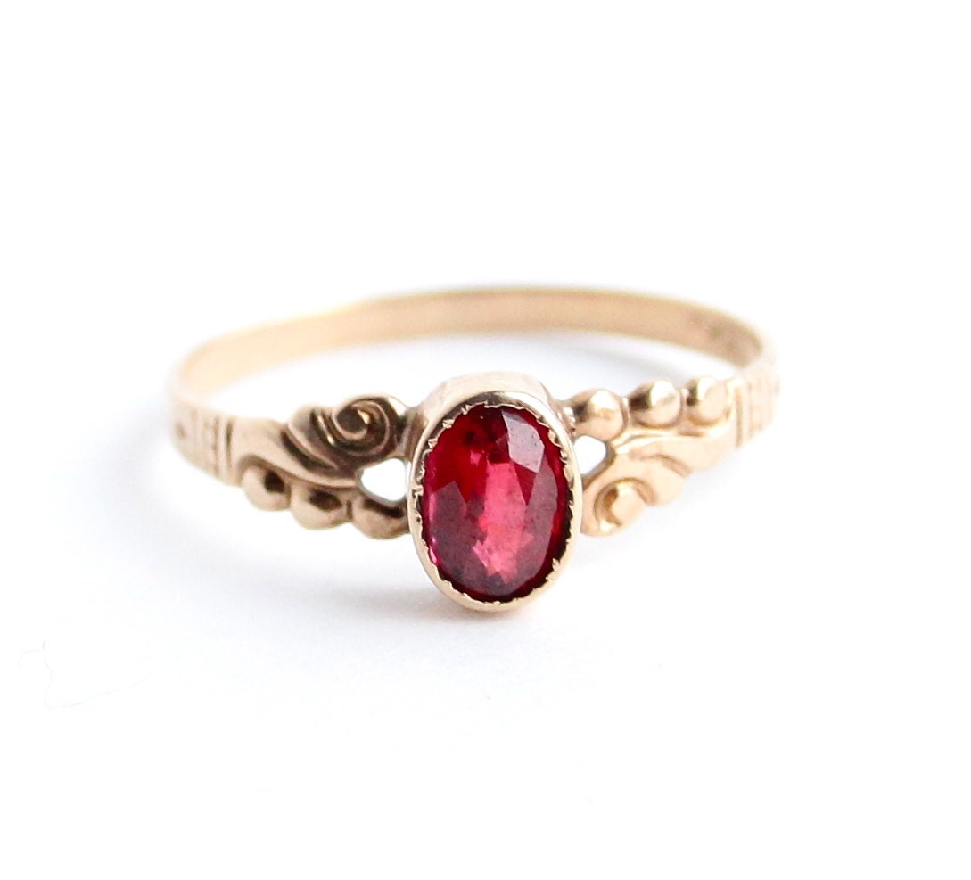 Antique victorian 10k gold ring garnet red stone size 7 fine for 10k gold jewelry
